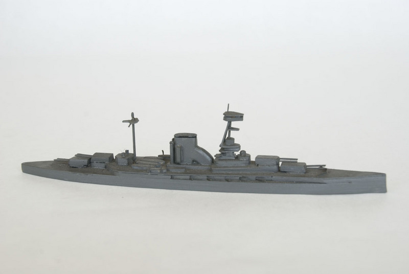 H.M.S. Queen Elizabeth waterline model