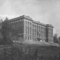 Carpenter Hall ca. 1916